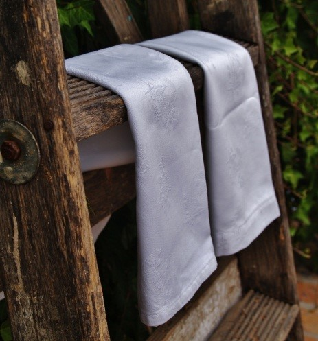 Lilly of the Valley napkins white.jpg